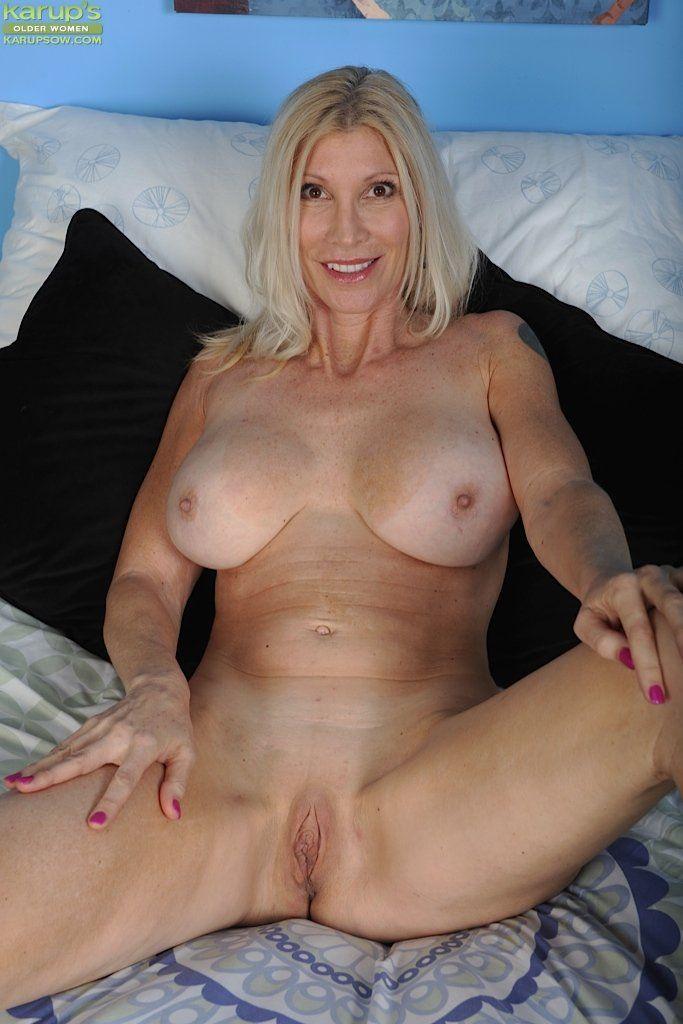 Women older nude photos