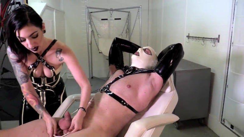 Hot skinny milf hard fuck