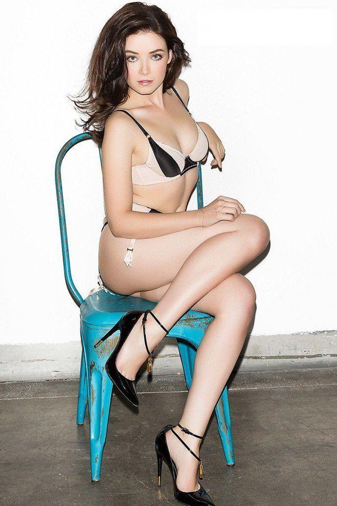 Nude porn fuck pics of sarah bolger — img 10