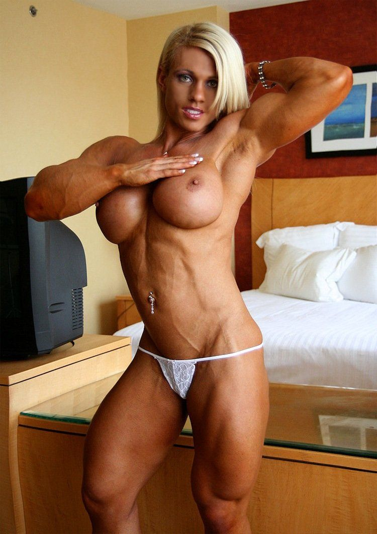 Can sexy lady musculer naked