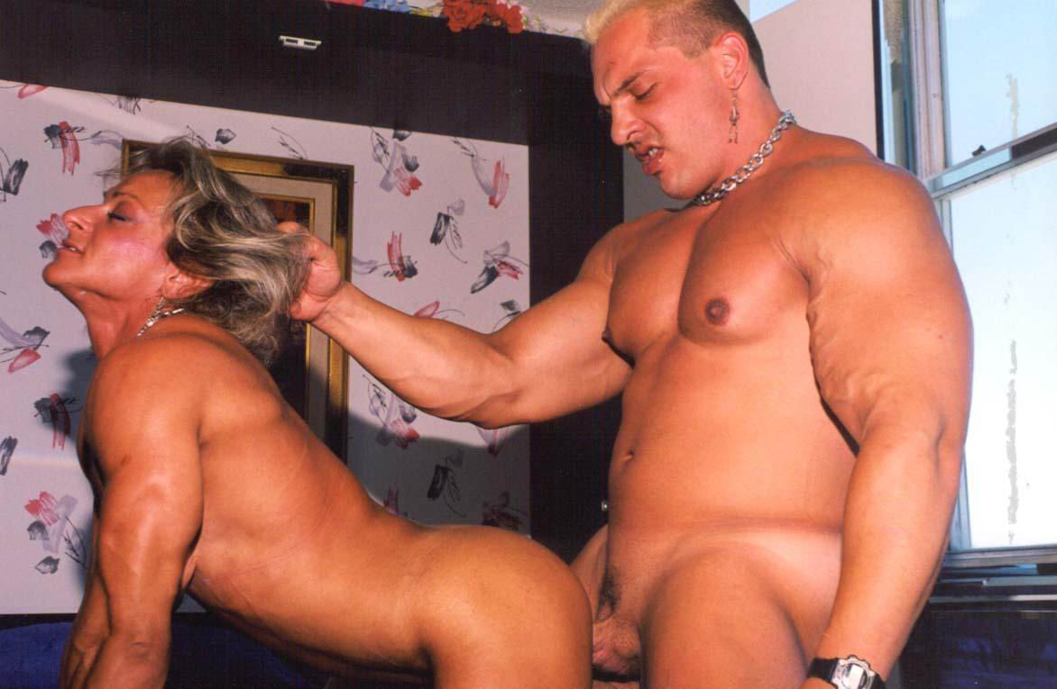 Muscle women having sex