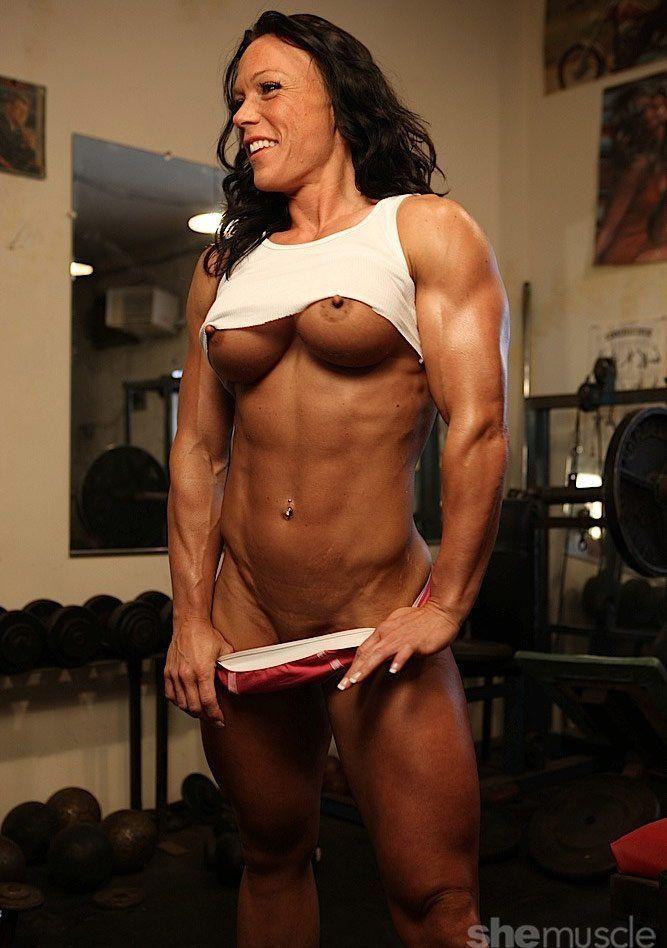 reema-nude-fem-muscle-happy