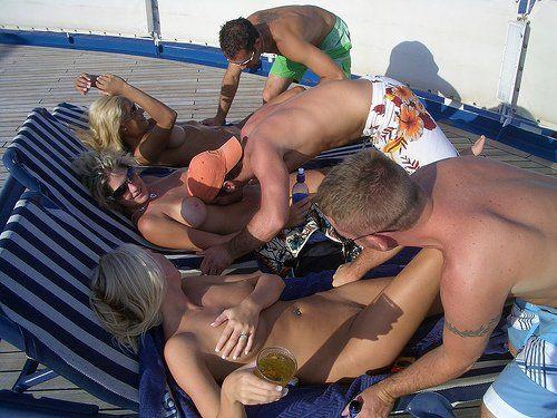 Swinger cruise pics