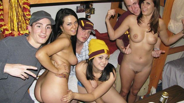 College naked sex