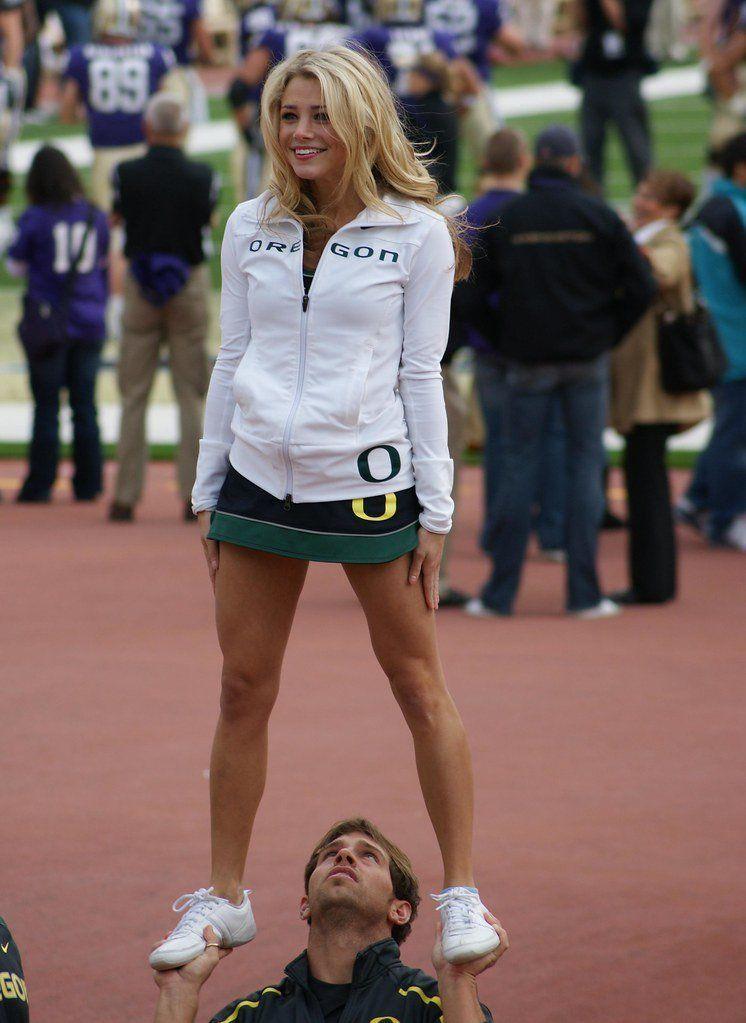 best of In pantyhose cheerleaders Oregon