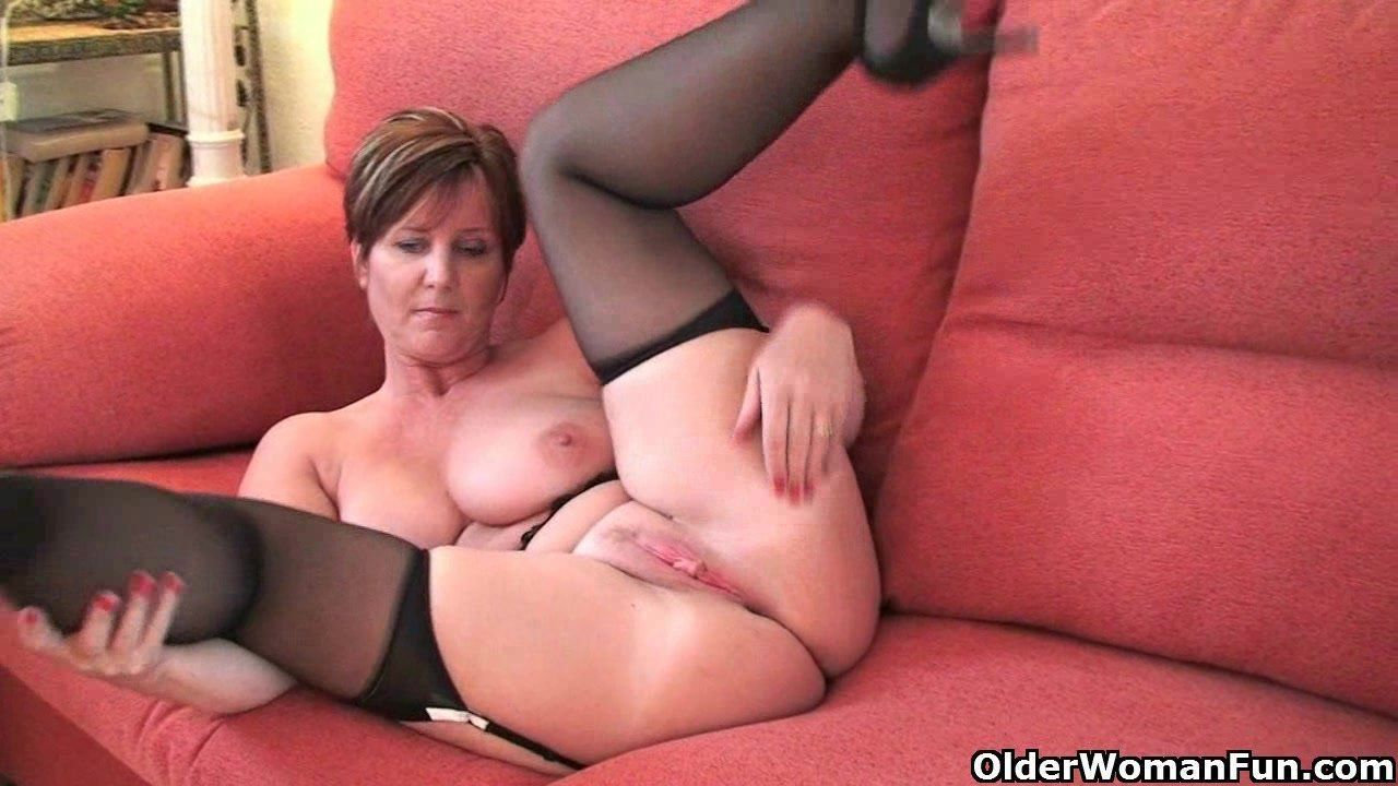 Hot british milf joi porno video