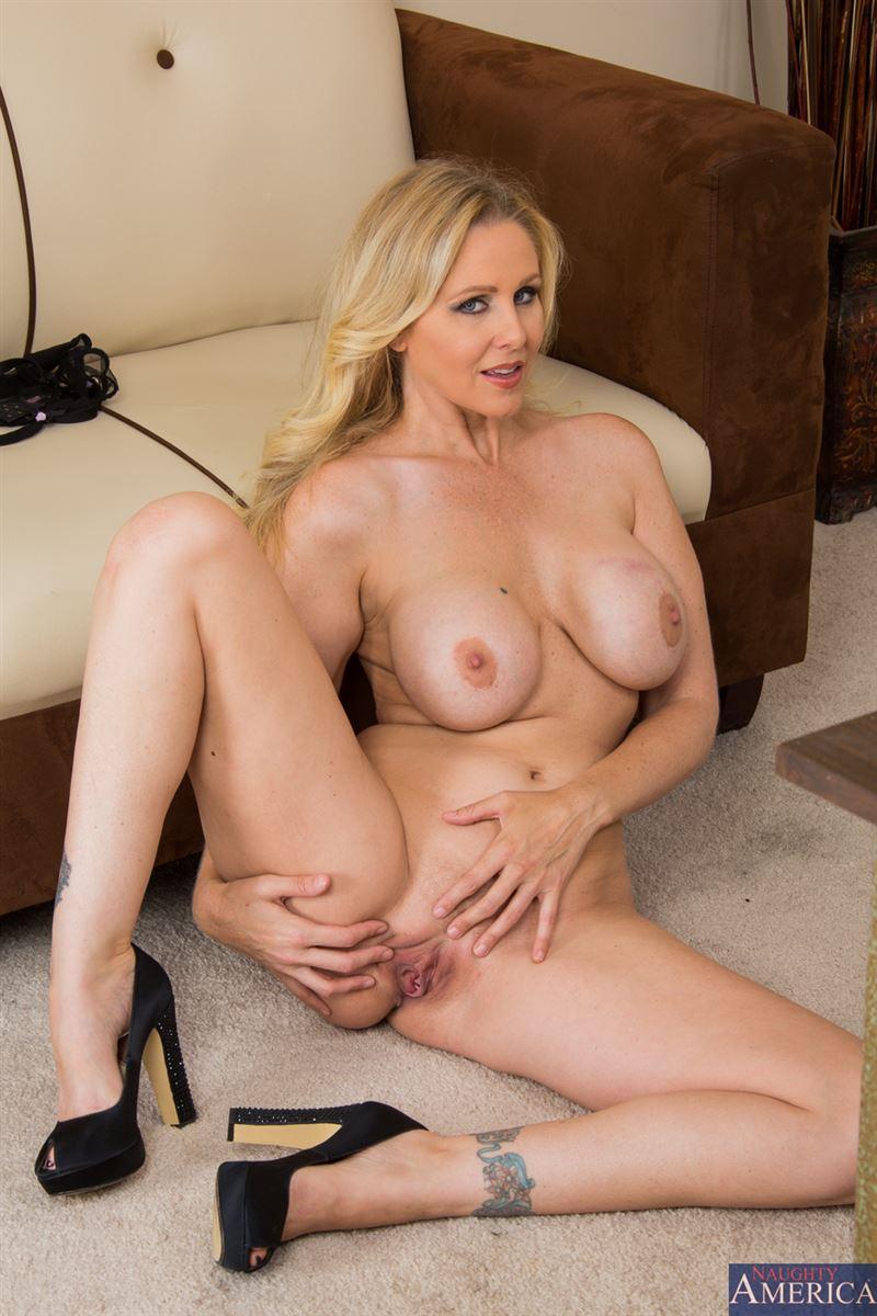 Julie Ann Porno julia ann hot porn sex . naked images. comments: 5