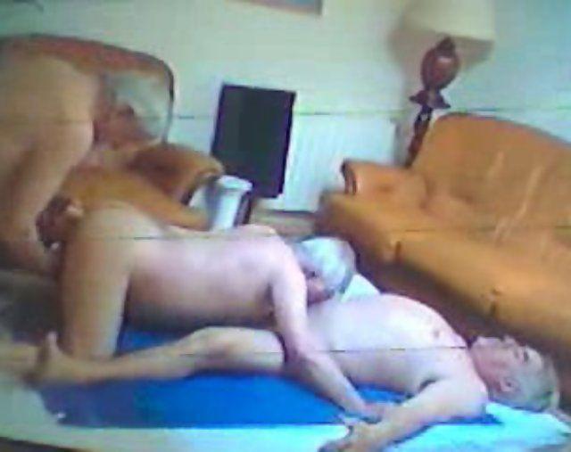 Ryan reynolds naked butt