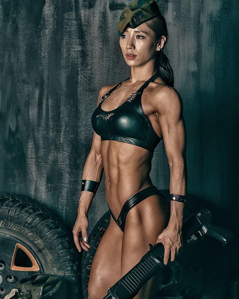 Asian Female Bodybuilder Porn asian female bodybuilder videos   www.freeepornz