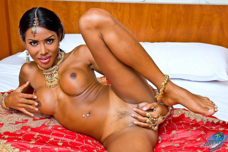 Caramel Shemale shemale - porno photo
