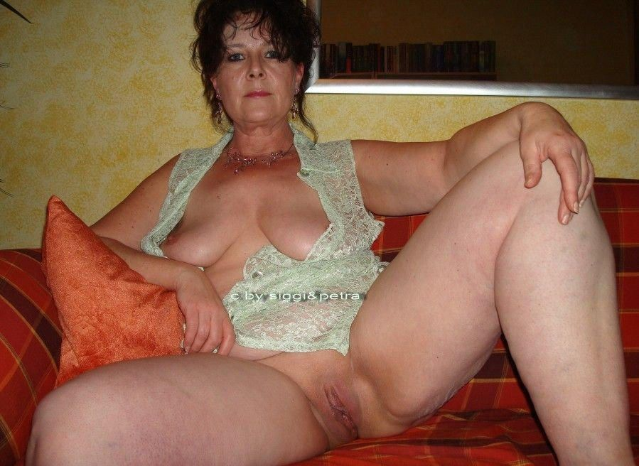 Homemade older mature women nudes think, that