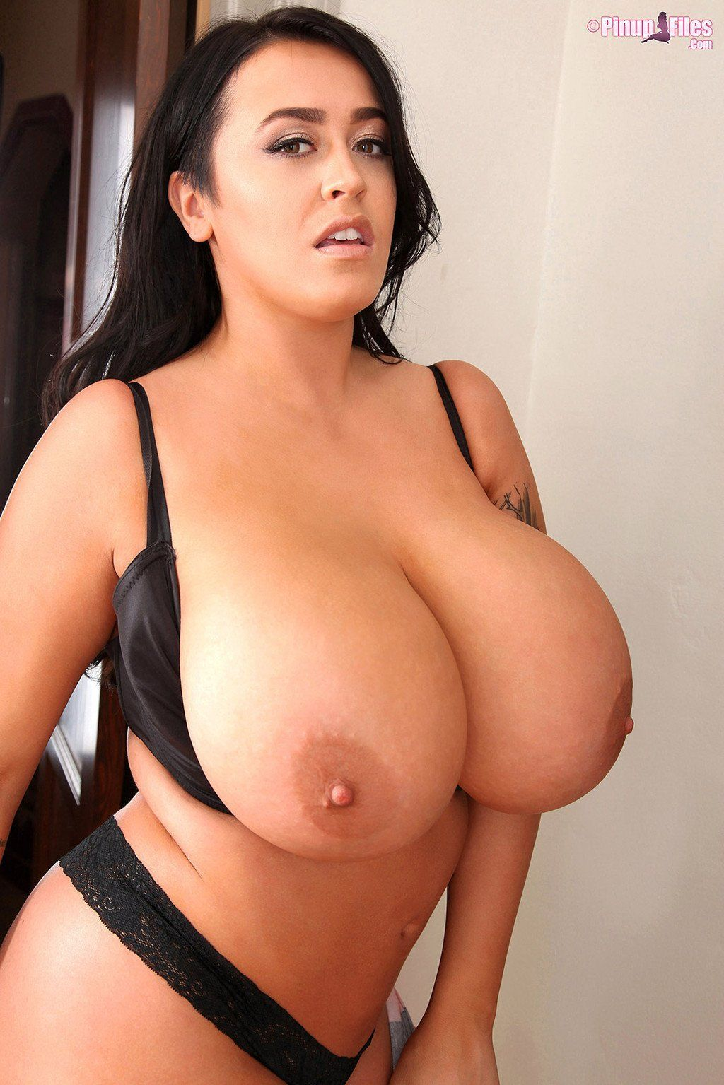 Sunflower reccomend Big boob solo HQ Photo Porno