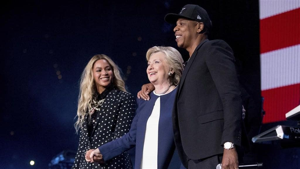 White L. reccomend Jay z and oprah are assholes