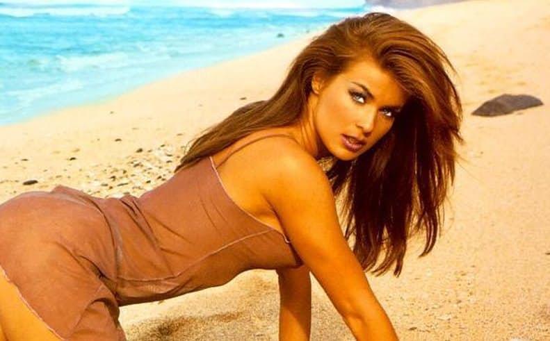 Felix reccomend Carmen electra white bikini photo shoot
