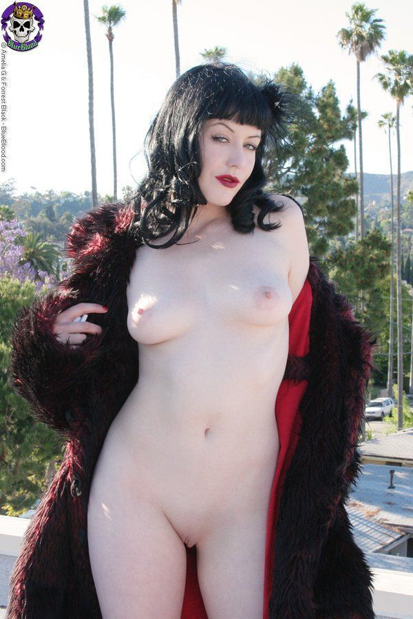Gothic sluts sex horny house wife