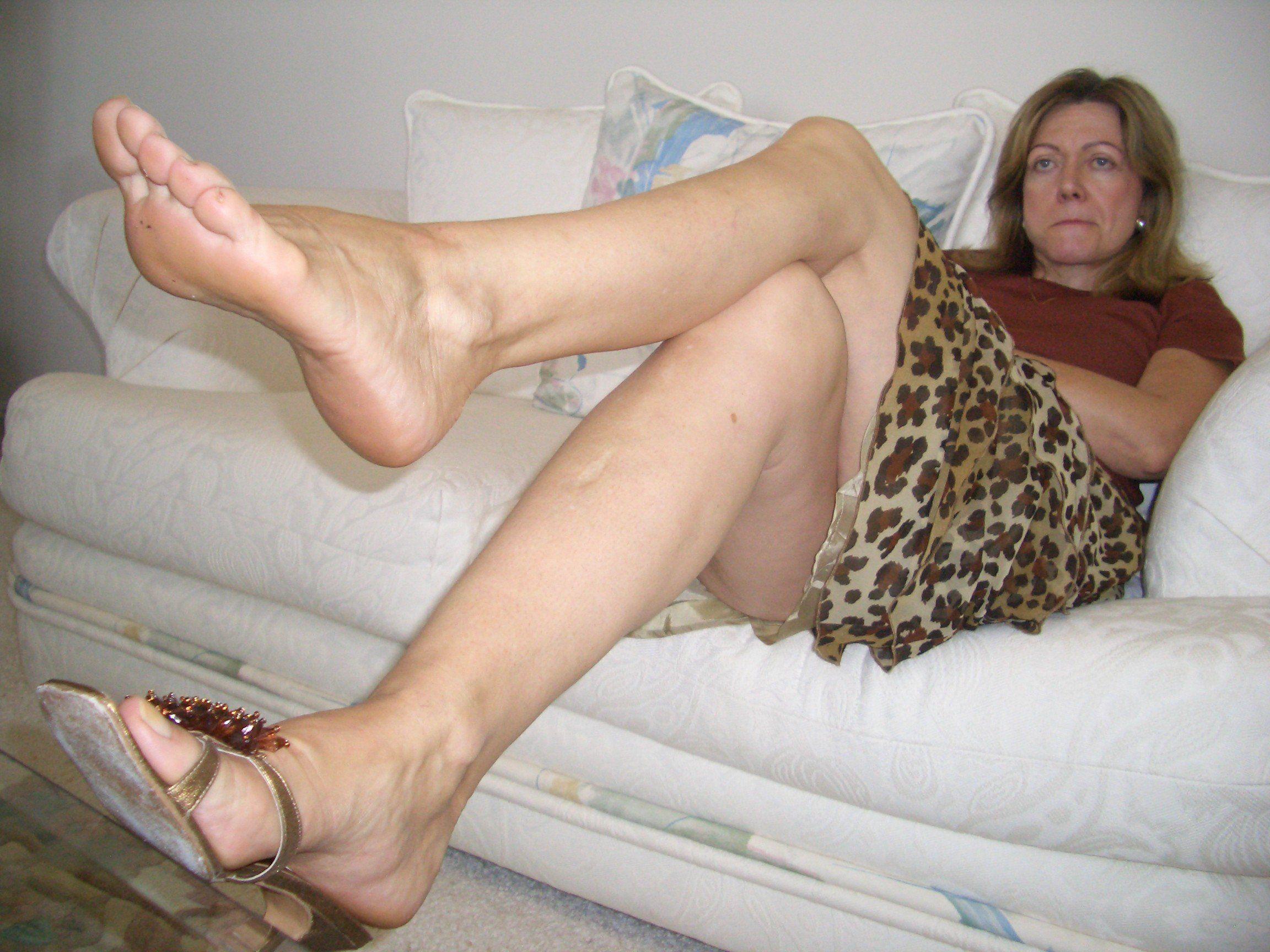 Bbw Feet Porn Tube hot chubby ass puss - xxx sex images.