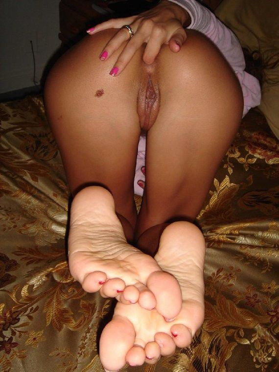 can not playin with her clit recommend you visit