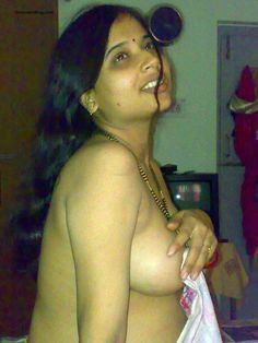 Nude hot aunti photos