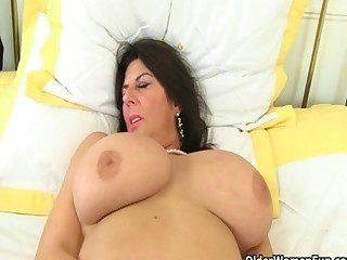 Variant Big british tits naked have forgotten