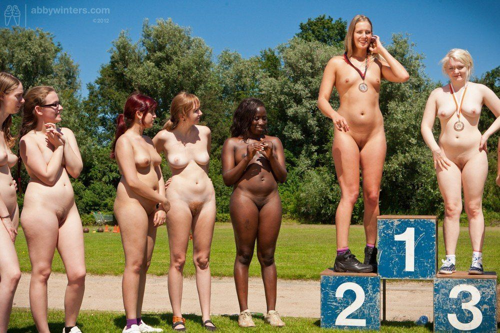 Naked femate athlete group picture 135