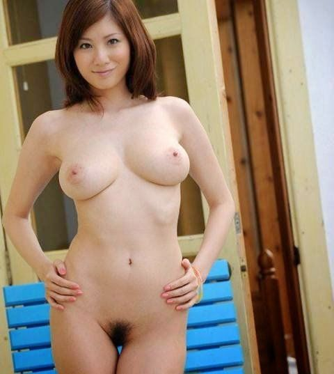 Are japanese girl with sexy boob