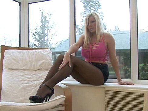 Michelle thorne in pantyhose