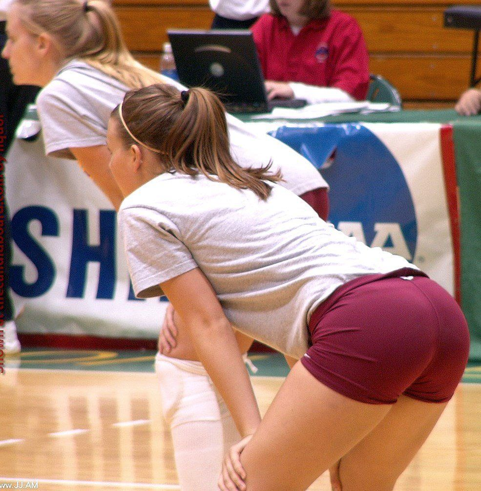 sexy-volleyball-girl-hart-gefickt