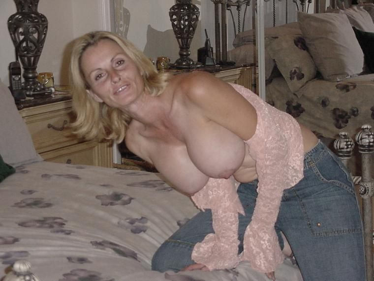 Wife showing a nude tit