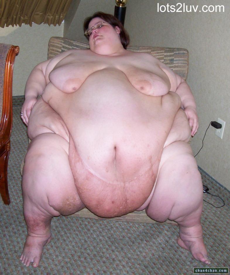 Boob bra cleavage milf