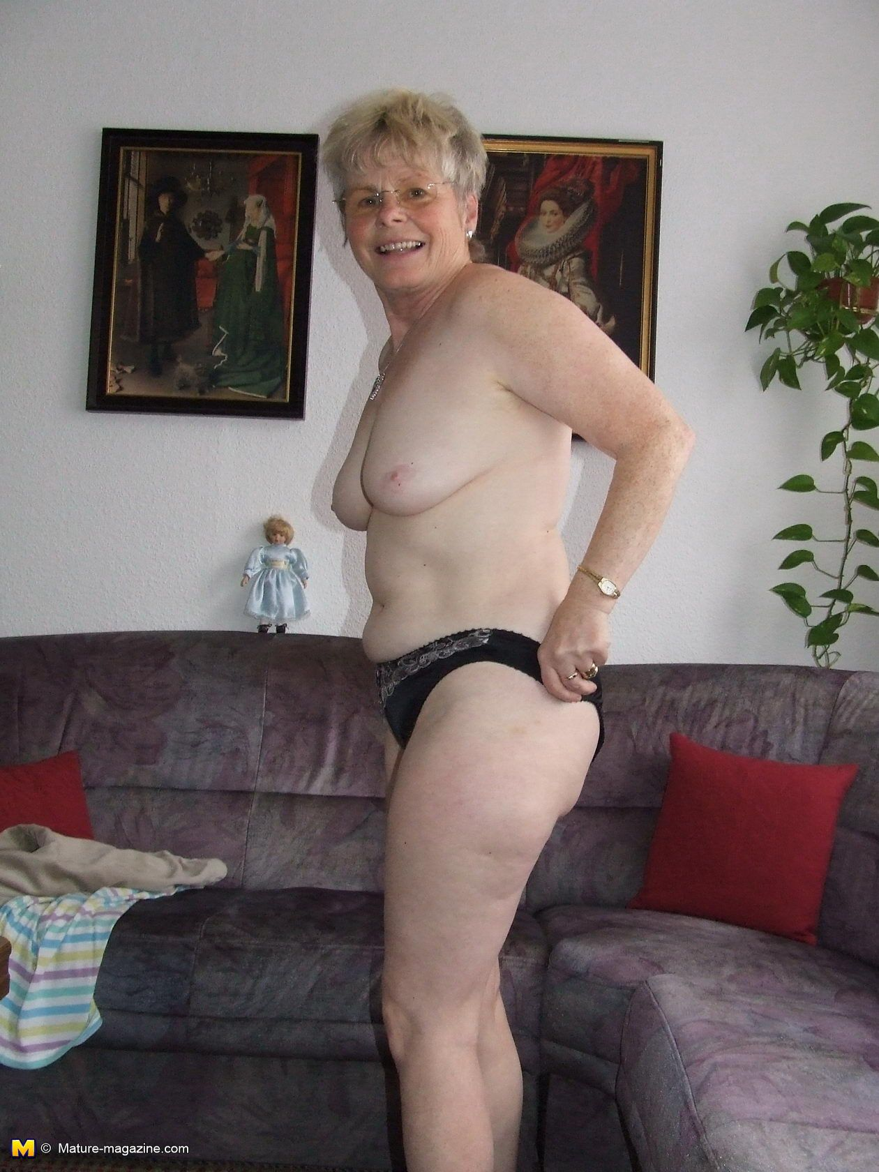 Naughty mature sex nov older