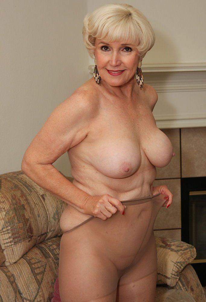 Sexy grandmas nude
