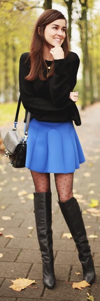 Benz reccomend Woman in short skirts and pantyhose