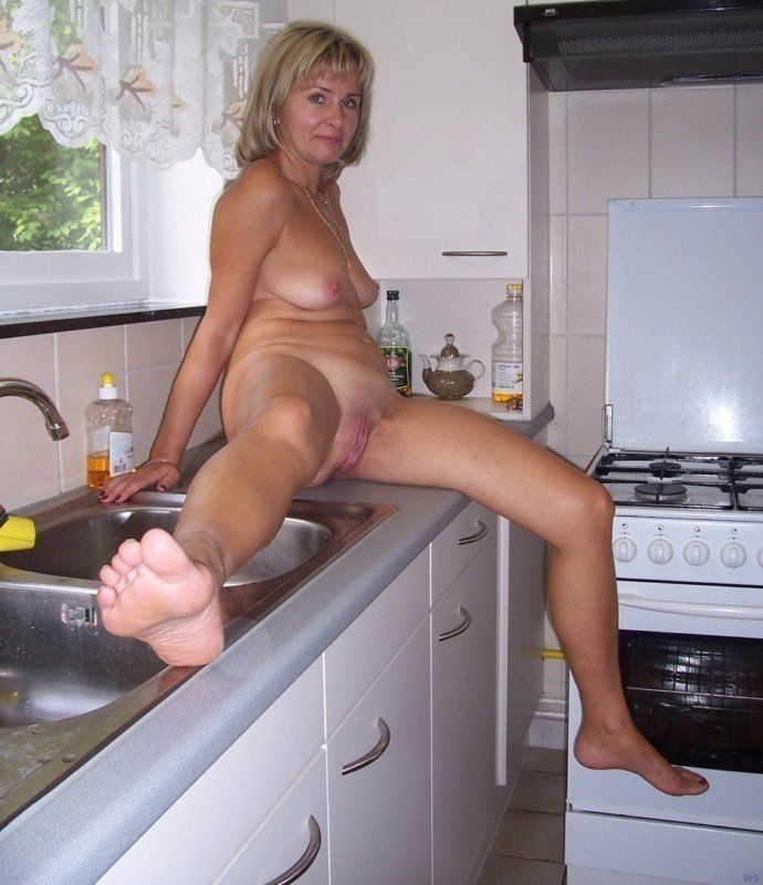 Amature older wife naked . Porn tube. Comments: 1