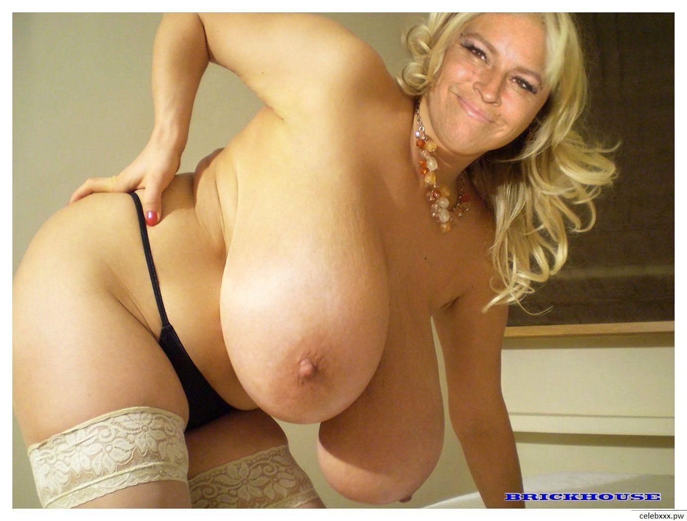 Beth bears nude