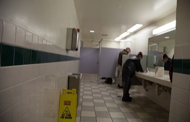 Snicky S. reccomend Barnes and noble restrooms