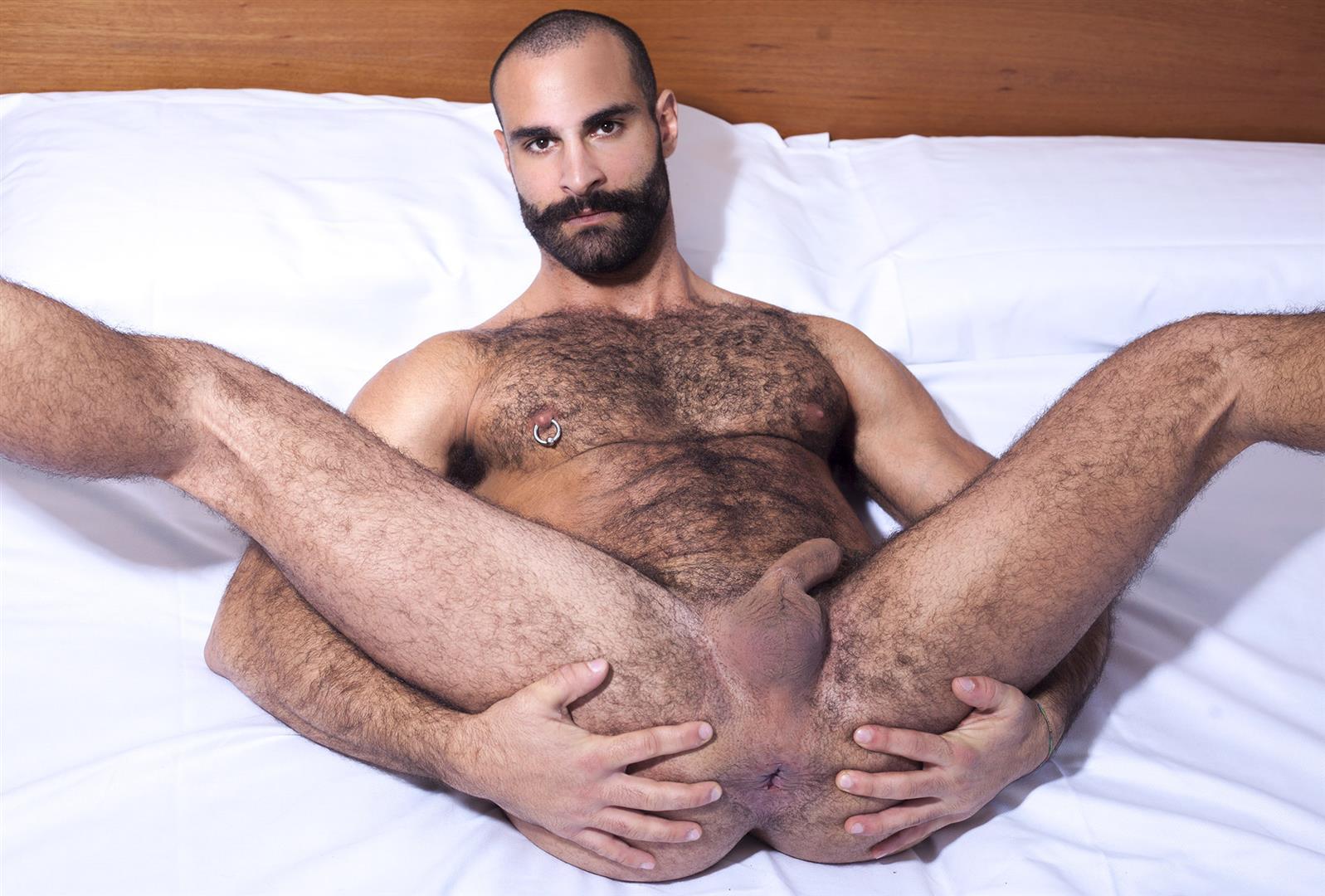 Amature italian hairy men nude