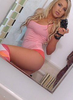 Sexy girl in school and xxx