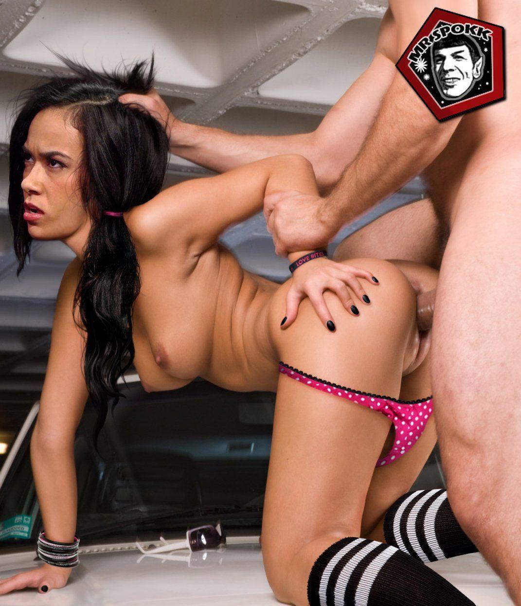 Cumming in girls pussies