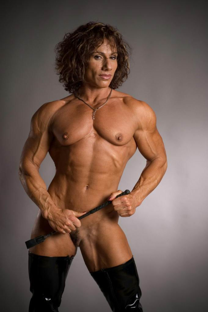 Congratulate, Amateur muscle mature nude