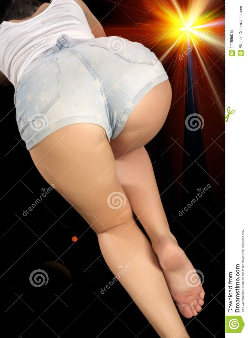 Naked teen girls humping gif lesbian