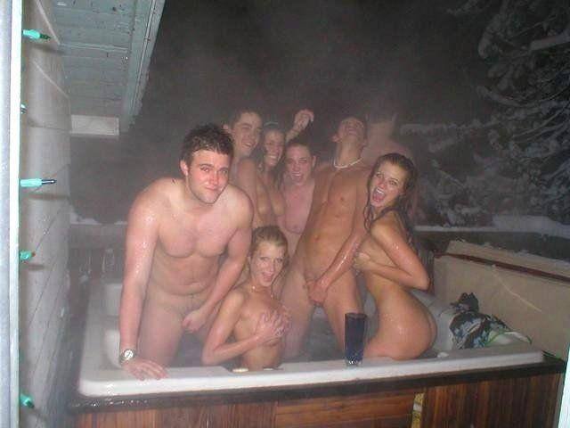 Naked hot tub pics