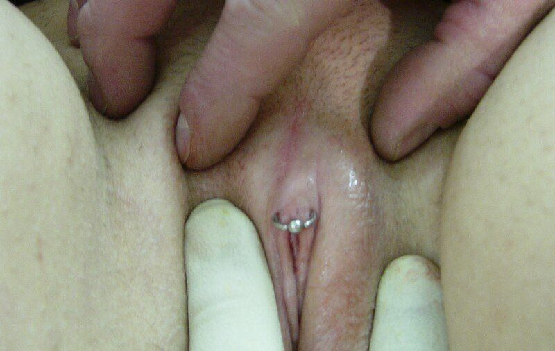 Clit hood peircings