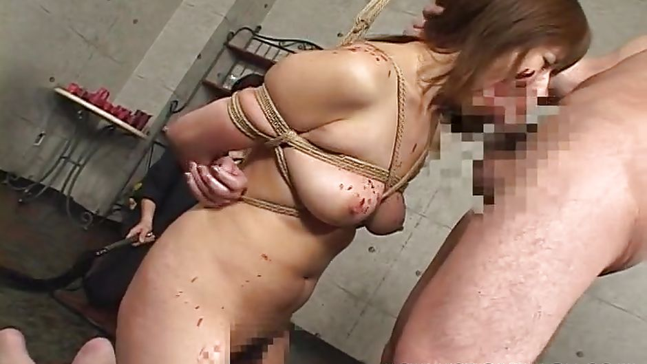 Blows cock for her life