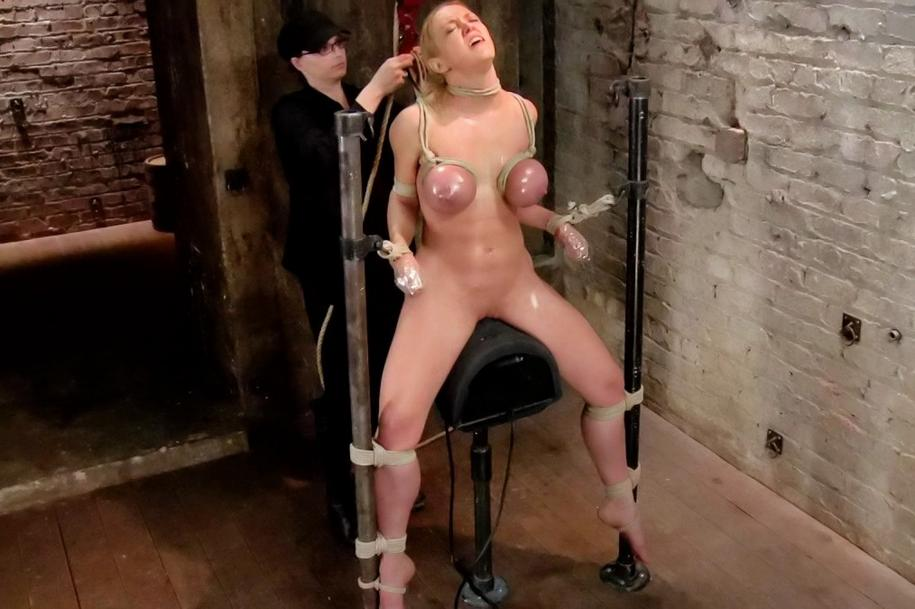 Top female porn stars nude fucking pictures