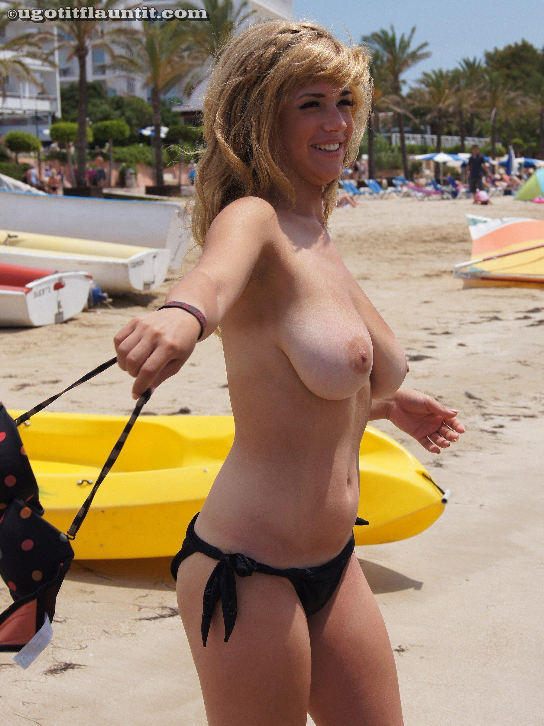 Big with Topless tits public girls