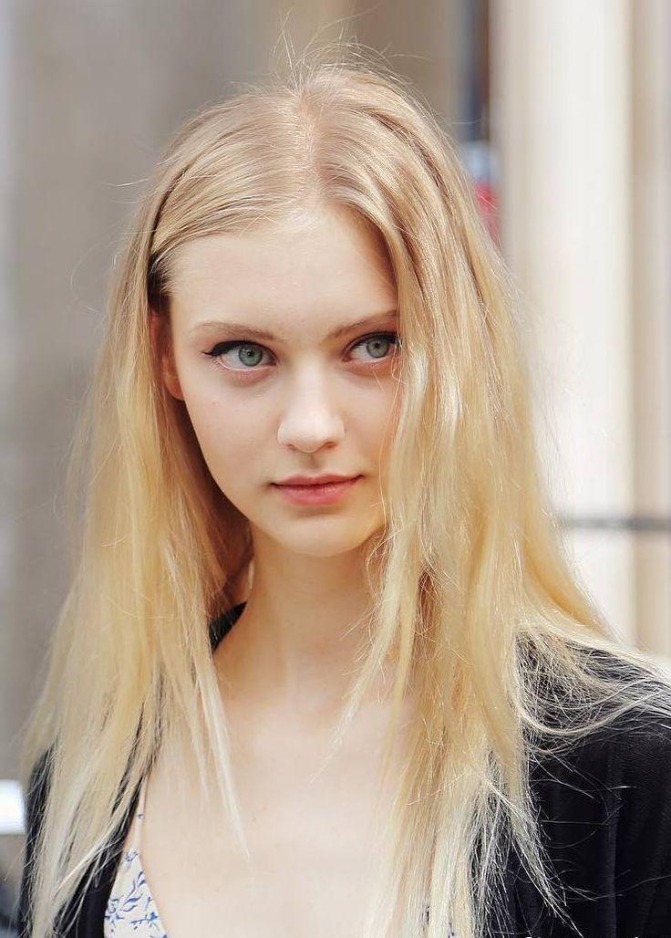 Sexy girl teen nackt blond