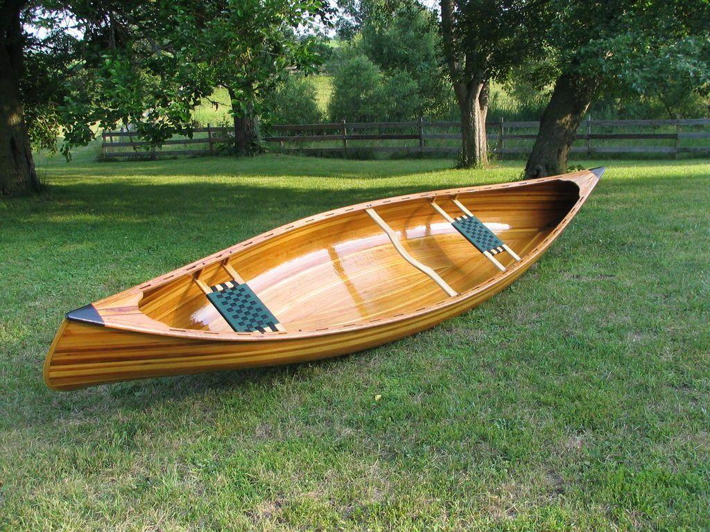 Cedar strip canoe design