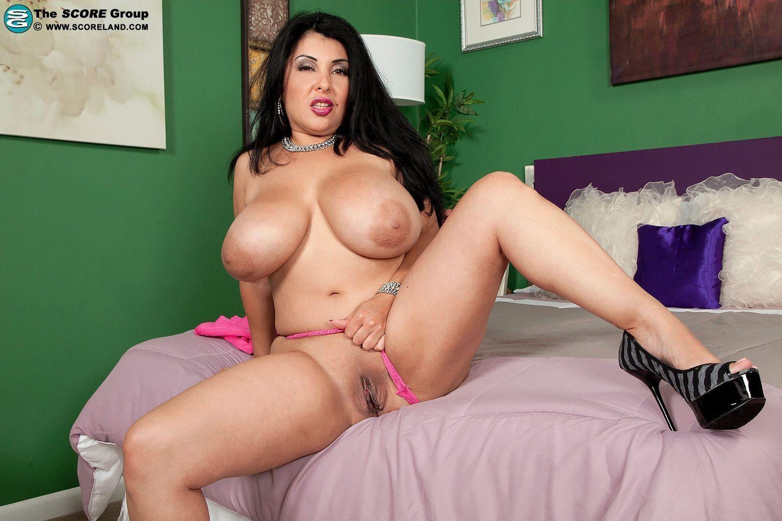 Hot natural boobs