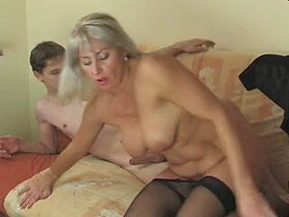 Natalya wwe desnuda