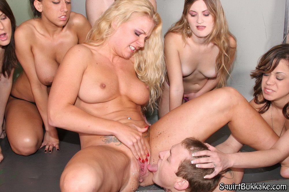 Bi piss orgy
